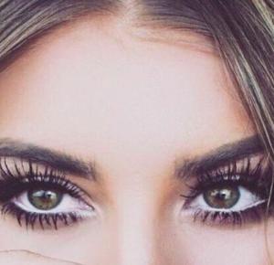 5 niezawodnych trików, dzięki którym Twoje oczy będą wyglądały na o wiele większe!