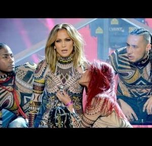 Jennifer Lopez Epic Dance Opening at 2015 AMAs