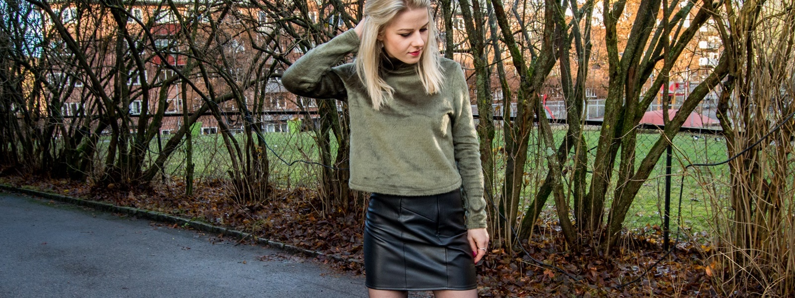 Leather skirt and sweater – Eat Make Up Dress