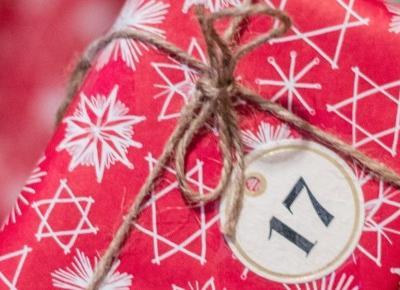Propozycje świątecznych prezentów dla Niej – Eat Make Up Dress