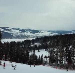 Martina  : Winter Holiday : Skiing !