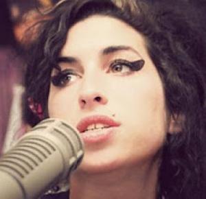 Martina  : Amy Winehouse