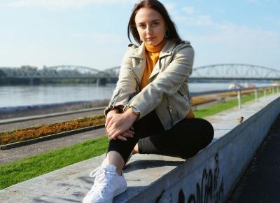 YELLOW AGAIN   TORUŃ - Martyna Kochanowska, czyli do something amazing
