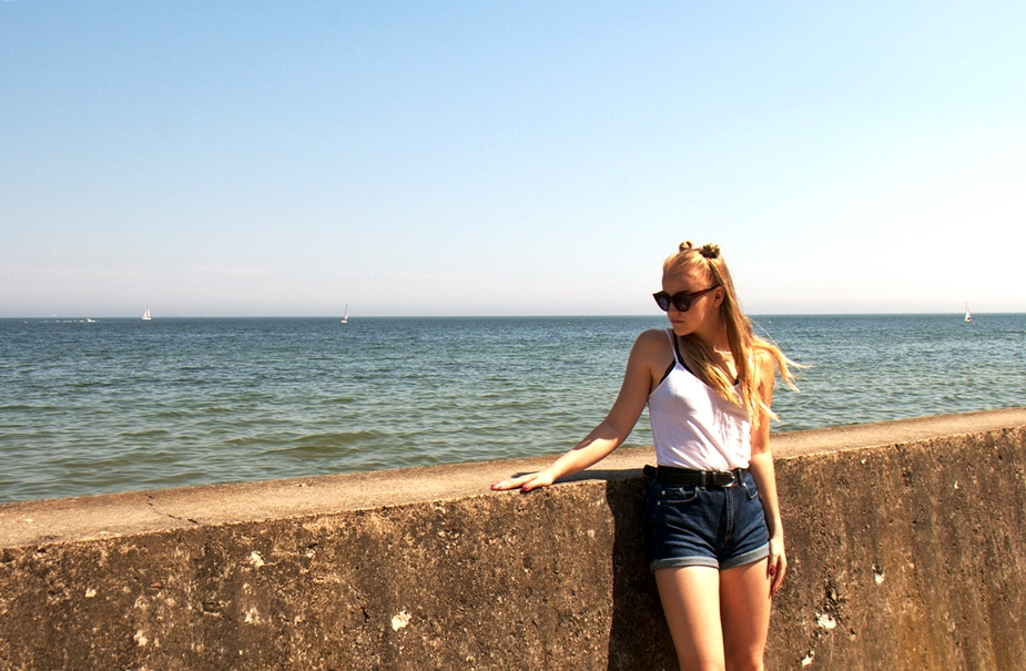 Via Martyna: Summertime: Beach Day Outfit Ideas
