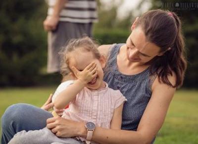 Rola dotyku w rozwoju dziecka - Matka Też Człowiek