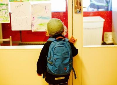 Wyprawka przedszkolaka - jakie materiały platyczne mogą znaleźć się na liście wyprawkoej?
