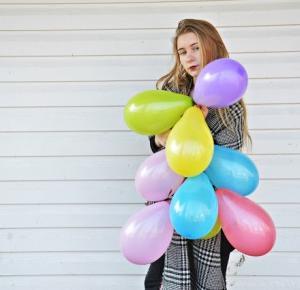 MAYUM: 404 Ballons