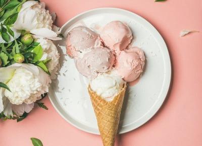 10 najdziwniejszych smaków lodów na świecie. Gdzie je zjeść?