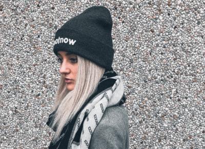 Najbardziej instagramowe fryzury pod czapkę