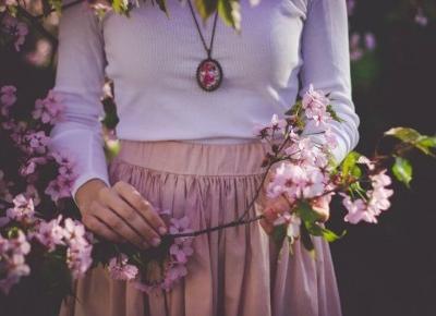 Odzież damska na wiosnę, dzięki której stworzysz modne stylizacje! - Modny Blog