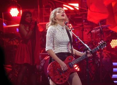 Taylor Swift — ikona młodzieży i nie tylko - Modny Blog
