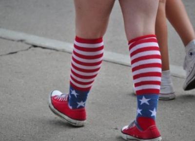 Kolorowe skarpetki - nosić czy nie? - Modny Blog