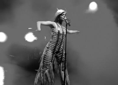Bebe Rexha — za duża czy w sam raz? - Modny Blog