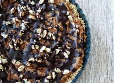 Wegańska tarta a'la snickers (bez cukru, bez pieczenia)