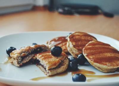 pancakes with awocado chocolate cream