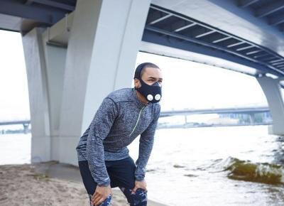 Co daje maska do biegania? Przekonaj się, czy warto ją kupić! - Bieganie - Polki.pl