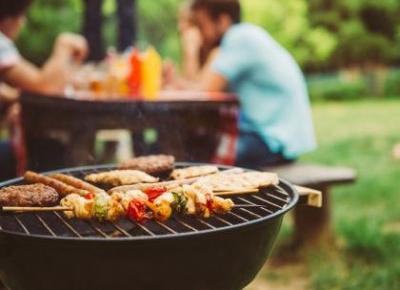 Jakie przygotować dania na grilla? 50 sprawdzonych pomysłów - Książki kucharskie - Polki.pl