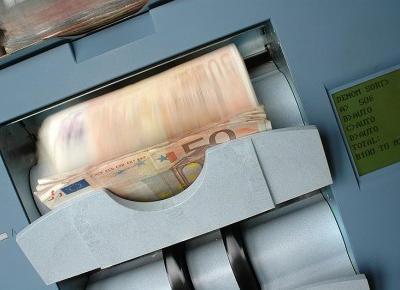 Największa wada polskich banków – i utrapienie ich klientów