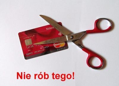 Jak spłacić kartę kredytową – vademecum posiadacza kredytówki