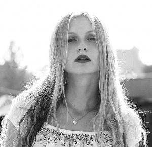 Magdalena Dereniowska: Say somethink to me