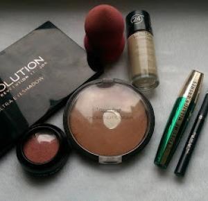 Szybki i łatwy makijaż walentynkowy ❤ - Namalovane ❤