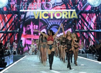Nat's by Nat: Victoria's Secret Fashion Show Paris 2016
