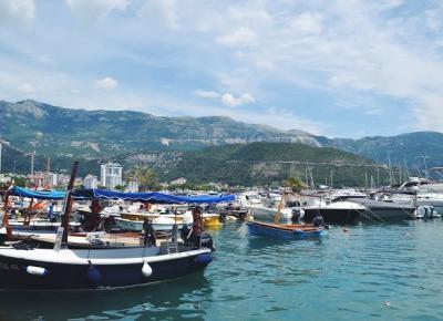 Istota ludzka: Dlaczego warto wybrać wakacje w Czarnogórze?