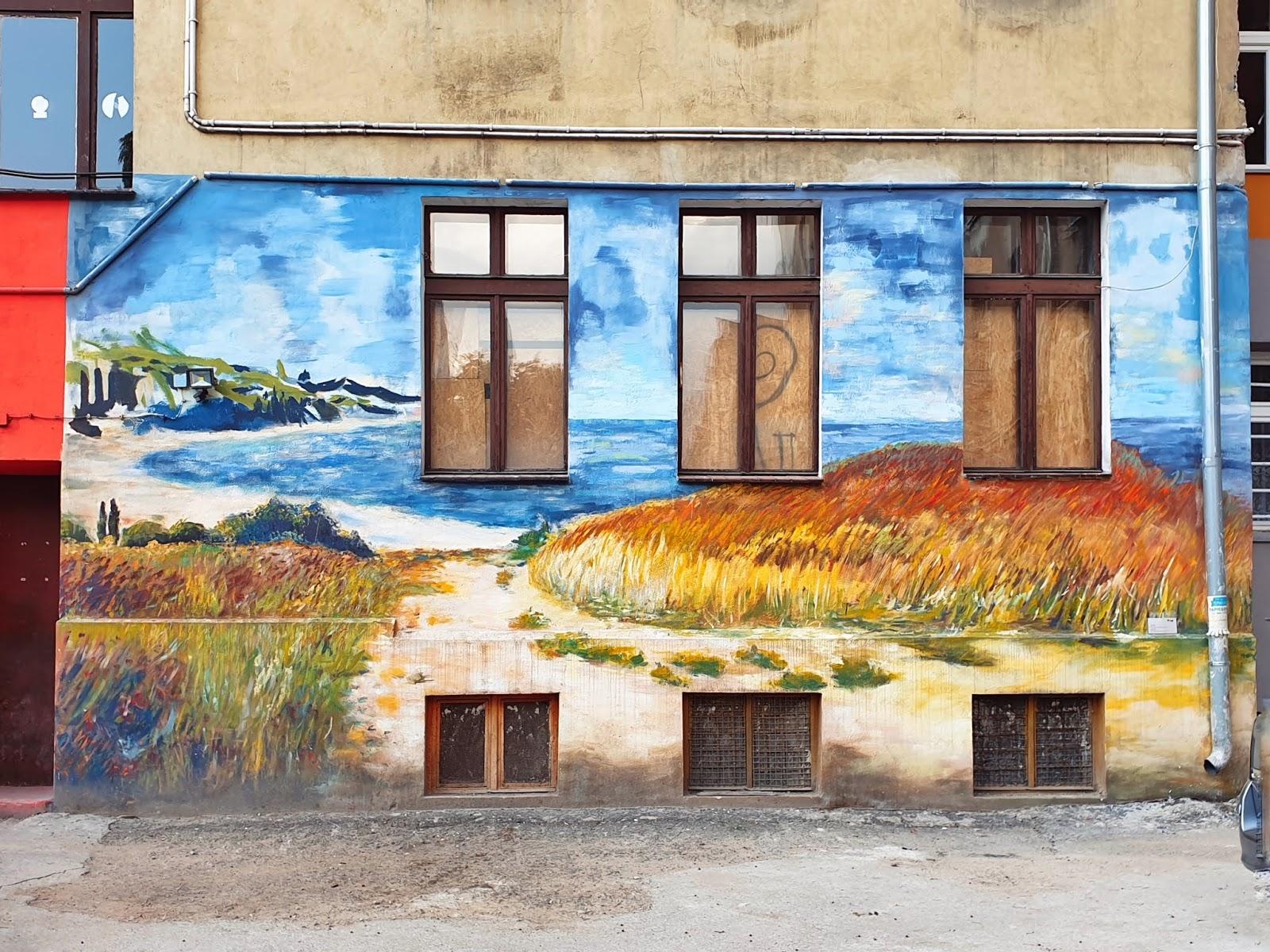 Wrocławski street art   kolorowe podwórka pełne sztuki