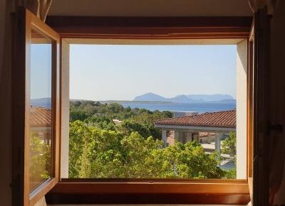 Sardynia w czerwcu - pogoda, przemieszczanie się po wyspie, wypożyczenie samochodu | informacje praktyczne cz. 1 - Nicole's travel journal - blog podróżniczy, lifestylowy, modowy
