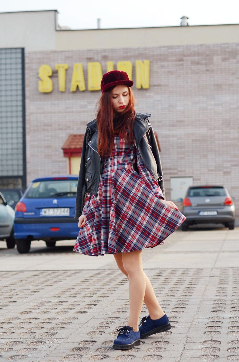 Jedna sukienka trzy stylizacje! – Ola Brzeska