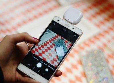 Selfie w ciemności? Lampka LED do telefonu z Biedronki • Ola Brzeska