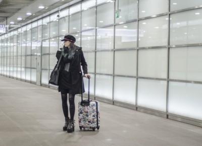 Jak się ubrać do samolotu, gdy jedziemy do ciepłych krajów?