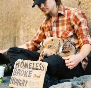 Czy bezdomni ludzie powinni mieć zwierzęta?
