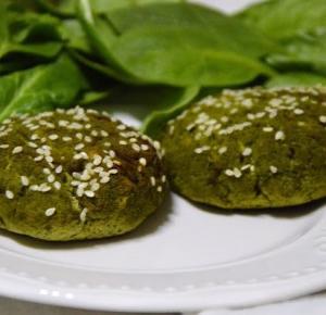 Healthy Dreams: wegańskie burgery z brokuła, szpinaku i tofu