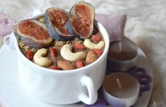 Healthy Dreams: karobowa owsianka kokosowa (SERNICZEK)