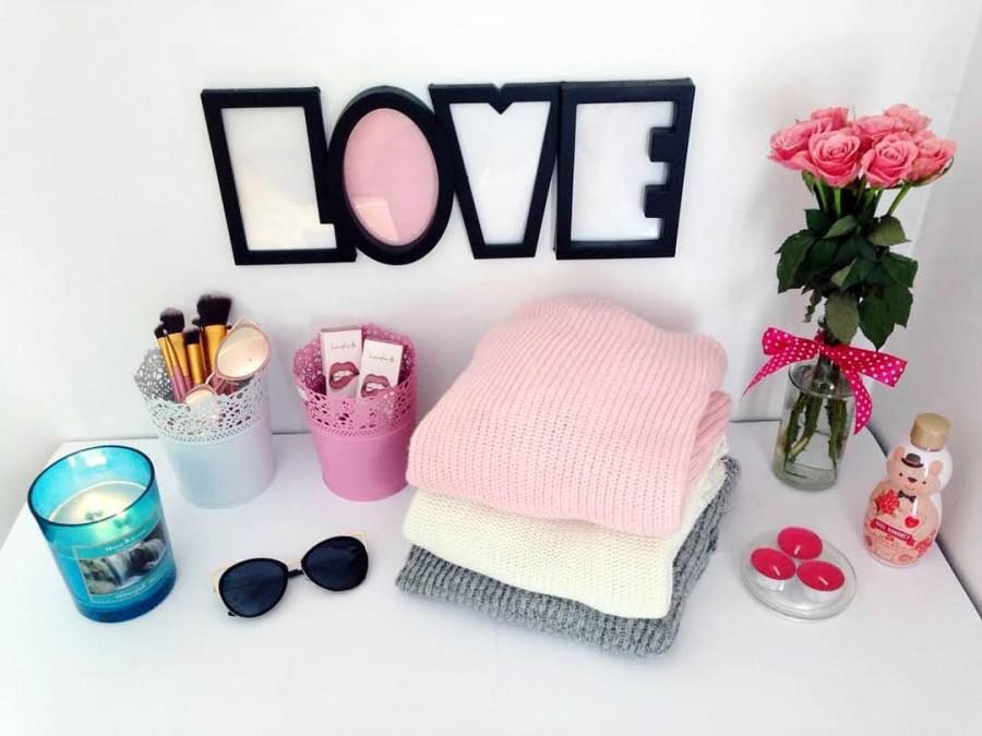 "Justyna 🎀 on Instagram: ""L💗VE 🤗 miłego wieczorku 💖  #love #girly🎀 #girlystuff #pink #decor #decoration #room #roomdecor #sweet #home #cute #loveit"""