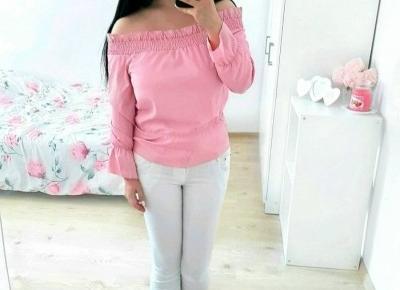 """Justyna 🎀 on Instagram: """"w całej okazałości 😁🌸💞💖 miłego wieczorku kochani! 😊💛💖💙 bluzeczka 》@zaful ♡ spodnie 》@fabrykajeansow.pl ♡  #girl #brunette #ootd #pinktop…"""""""