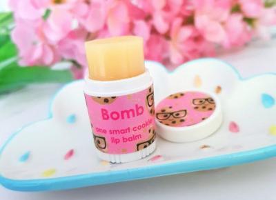 Bomb Cosmetics - Balsam do ust, One Smart Cookie - Ciasteczko | Recenzja