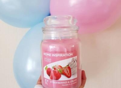 """🌸 Justyna 🌸 on Instagram: """"Świeca zapachowa od Yankee Candle z serii Home Inspirations, o zapachu Strawberries & Cream, czyli truskawkowo-kremowym. 🍓❤Miałam już…"""""""