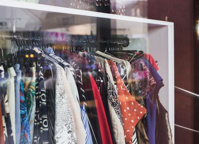 Moda vintage - sekrety udanych zakupów w lumpeksach