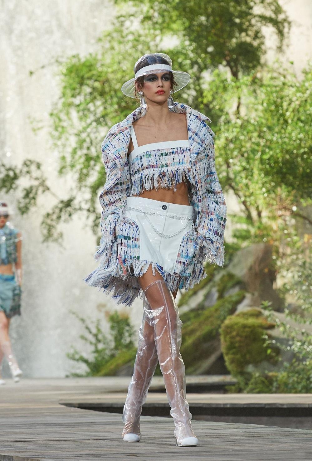 Pokaz Kolekcji Chanel Wiosna Lato 2018. | Zalety Dojrzałego Wieku