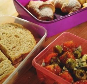 ARI COCO:  Wyciągnij swoje lunchbox'y !