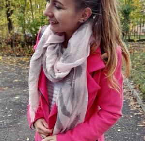patk4: Pink coat