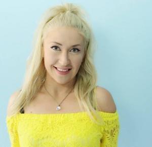 Lifestyle By Patryk Witczuk: Moje wariactwo polega na odwadze życia po swojemu  - rozmowa z Klaudią Klarą