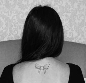 """7 pytań"""", które (prawie) codziennie słyszą posiadacze tatuaży."""