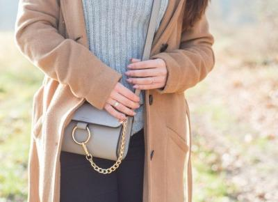 Camelowy płaszcz - 5 powodów, dla których powinnaś mieć go w swojej szafie - Paulina Felińska
