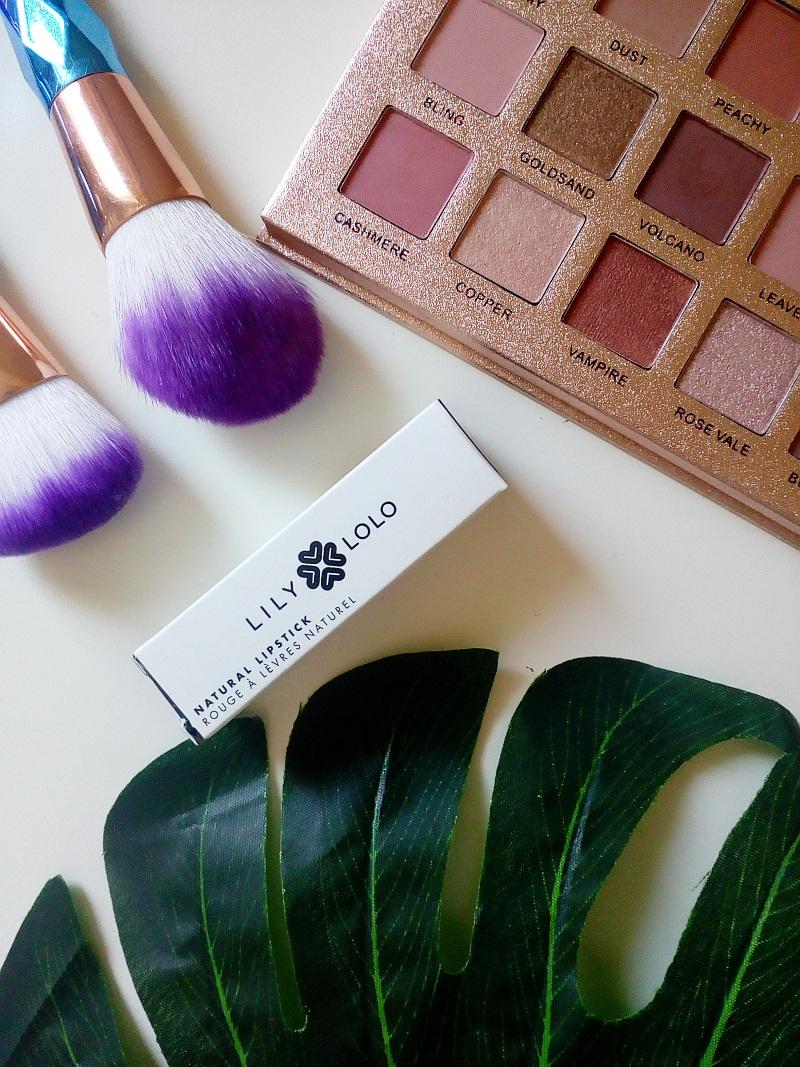 Testowanie z pa2ul: Naturalna szminka w odcieniu Nude Allure | Lily Lolo
