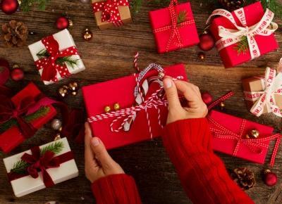 Co kupić dla bliskich na święta? Zobacz te zestawy prezentowe!