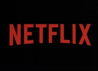 Najlepsze seriale Netflixowe na jesień