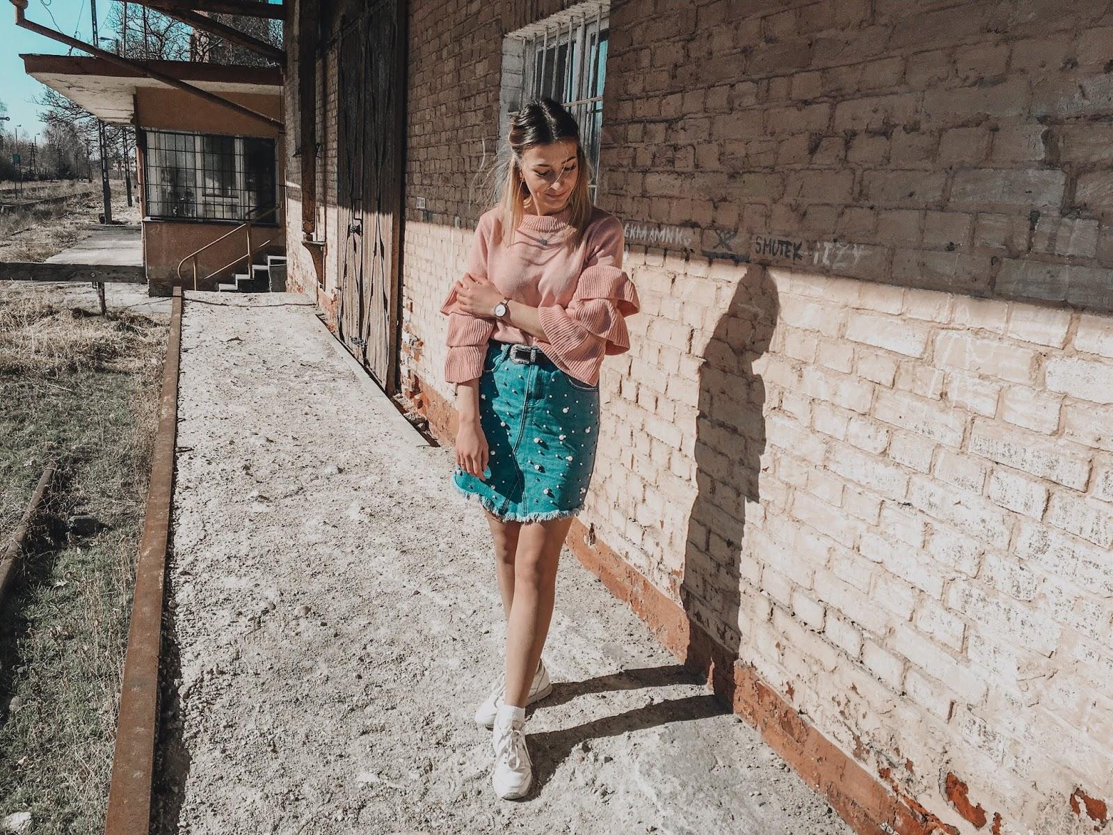 SPÓDNICA ZDOBIONA PEREŁKAMI | paulyenn style
